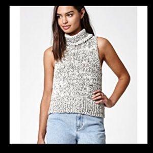 NWT Kendall & Kylie sleeveless turtleneck sweater